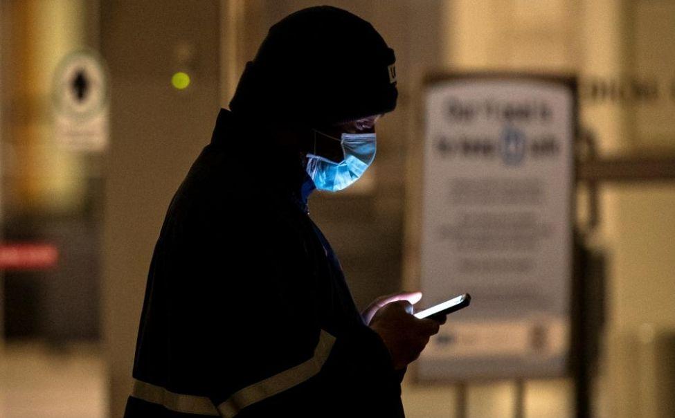 С апреля нарушителям карантина будут присылать СМС