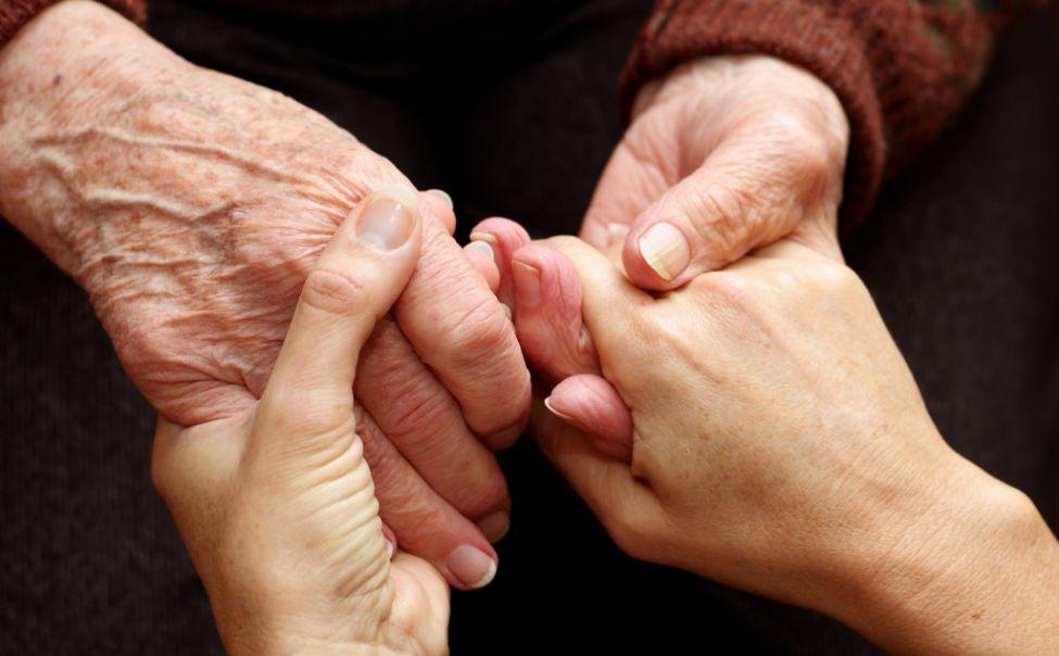 В Чувашии формируют группы волонтеров для помощи пожилым людям